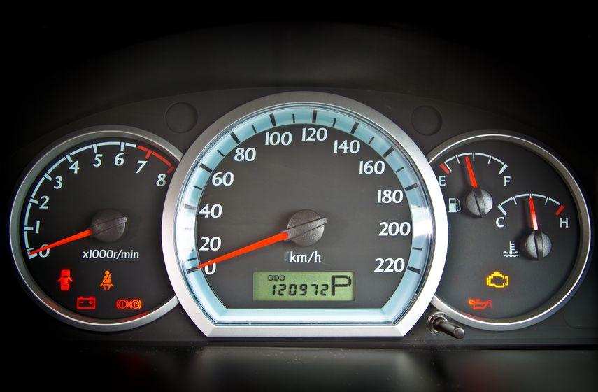 7-5-mil-km-dati-inapoi-de-la-masini-la-care-nu-se-asteapta-nimeni.jpg