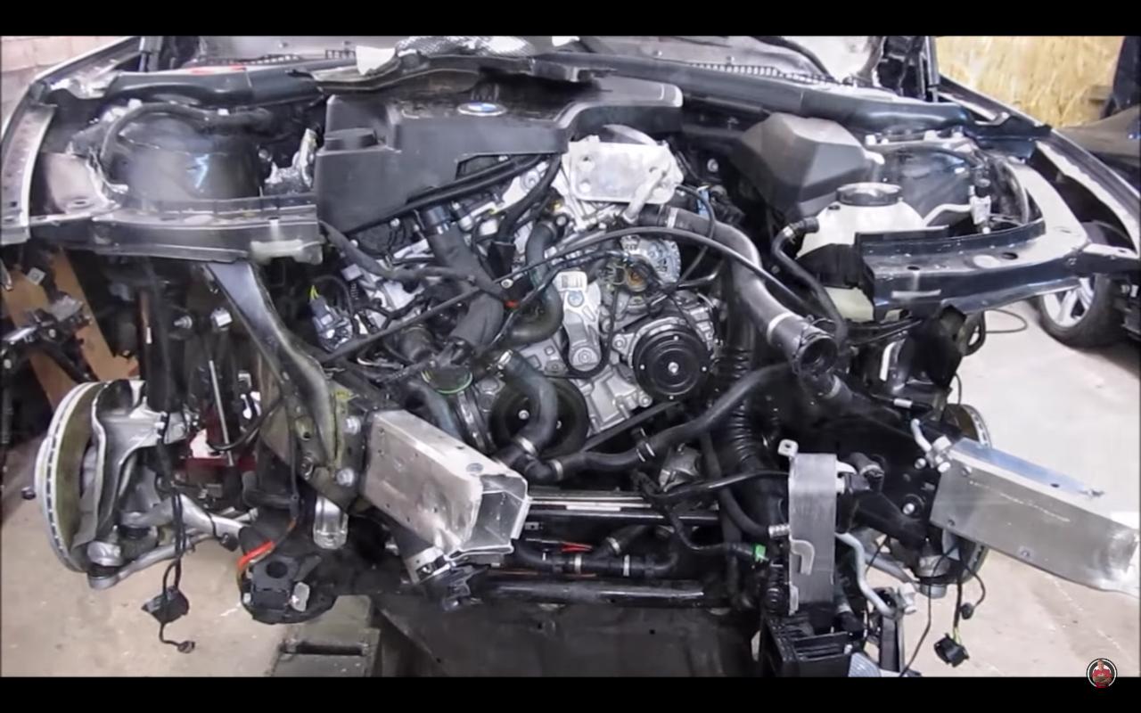 BMW Seria 3 lonjeroane strambe 1