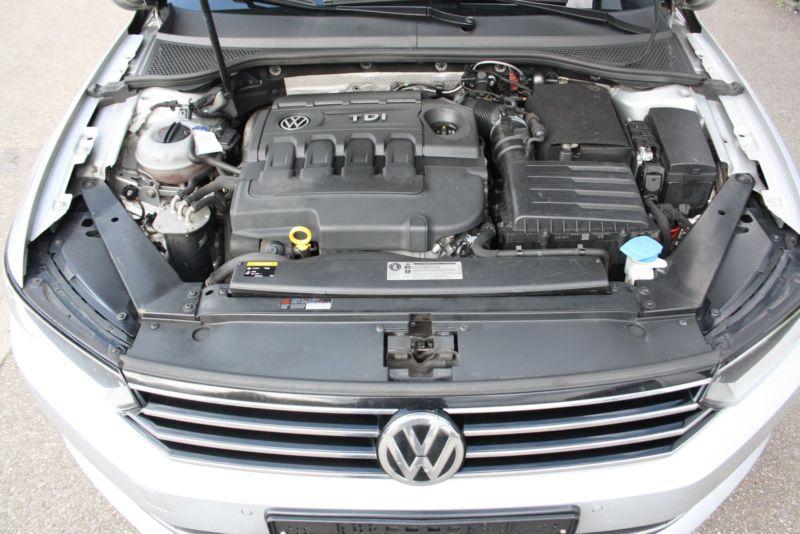 Volkswagen Passat 2,0 TDi 170 Highline DSG 2015 motor